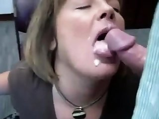 RUSSIAN Untrained SLUT OFFICE BLOWJOB