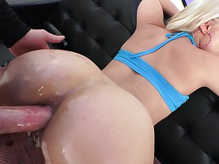 Blonde slut gives blowjob plus gets analyzed in a dirty way